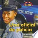 Una Oficial De Policia